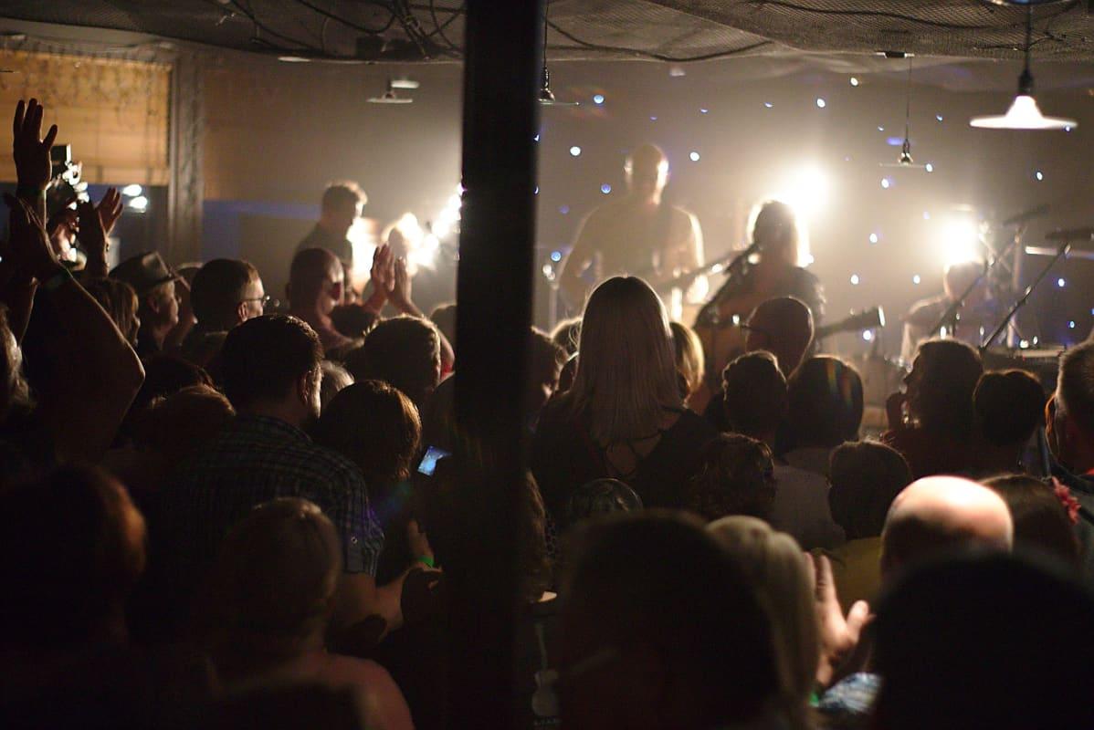 Pyhä Unplugged-festivaalin sydän sykkii sisätiloissa. Lenni-Kalle Taipaleen johtama SVY-orkesteri on urakoinut festivaalissa lähes 20 vuotta.