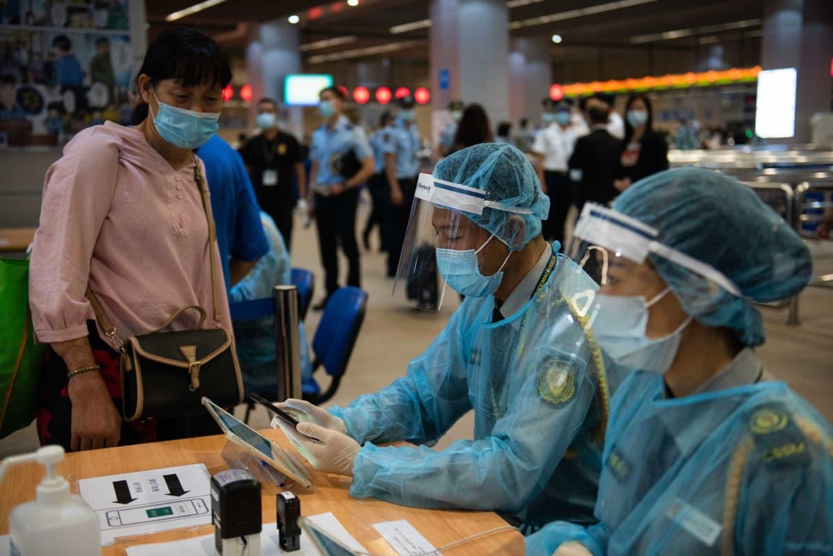Kiinan erityishallintoalue Macaon rajalla Etelä-Kiinassa rekisteröitiin terveystietoja sisältäviä QR-koodeja 29. syyskuuta 2020.