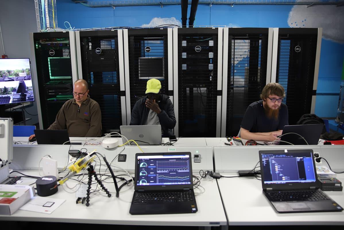 Ekamin datacenter
