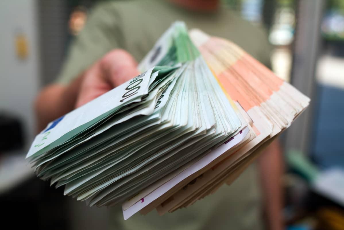 Haluatko tienata enemmän rahaa? 15 vinkkiä sivu- tai kesätyöksi!