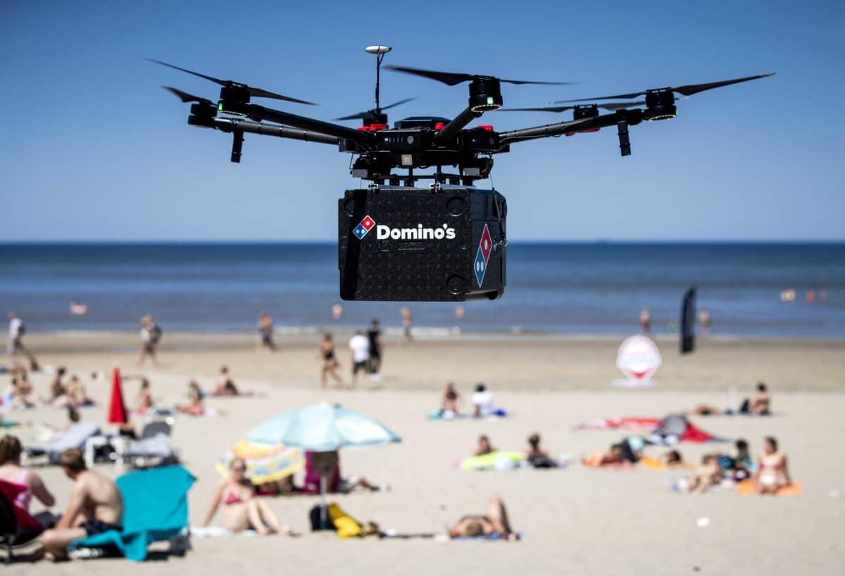 Zandvoortissa, Hollannissa testattiin kesäkuussa droonia pitsatoimituksissa.