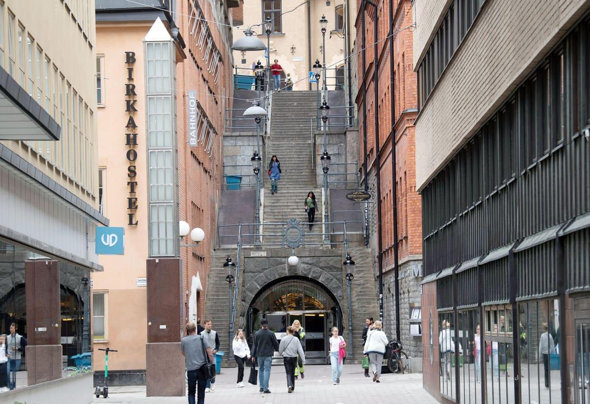 Palmen murhapaikka Sveavägenin ja Tunnelgatanin kulmassa Tukholmassa.