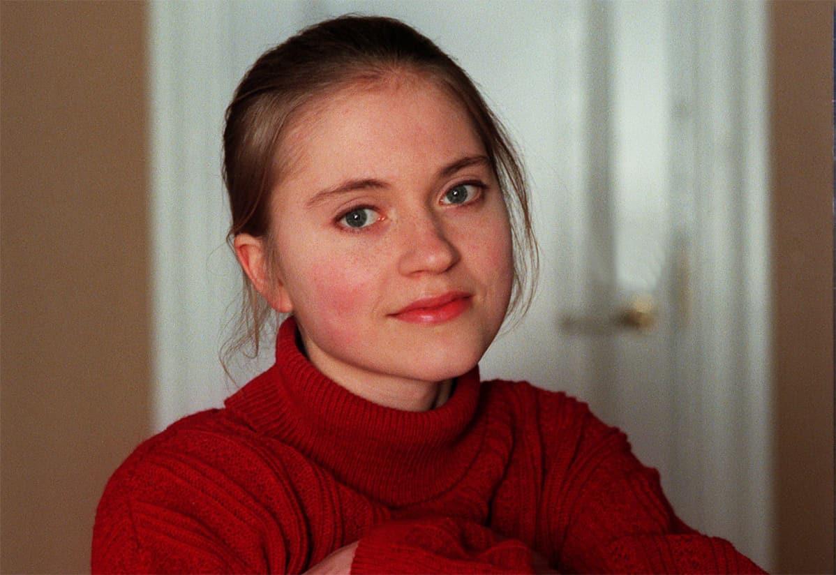 Mirja Mäkimaa eli näyttelijä Inka Kallén.