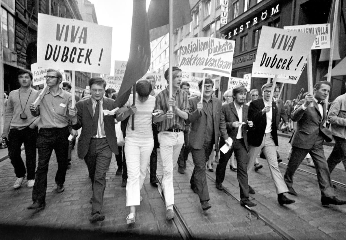 Suomessa osoitettiin mieltä Neuvostoliiton toimintaa vastaan 22. elokuuta 1968