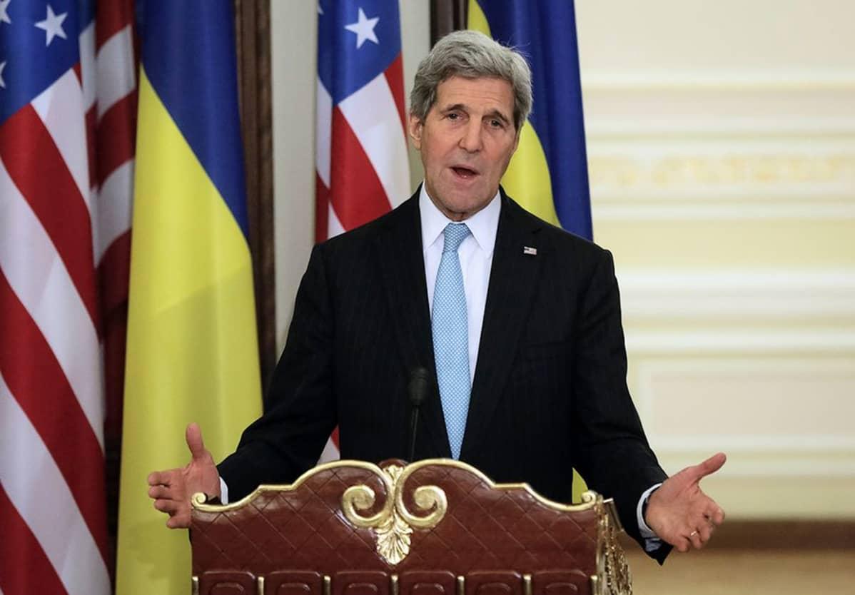 Yhdysvaltain ulkoministeri John Kerry kuvattuna Kiovassa 5. helmikuuta 2015.