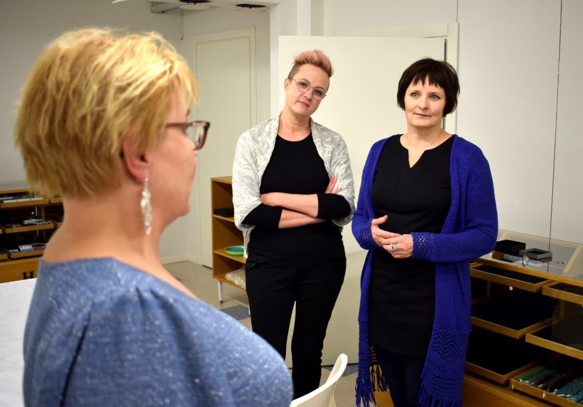 Maija Santikko, Sanni Salonen ja Mari Syren