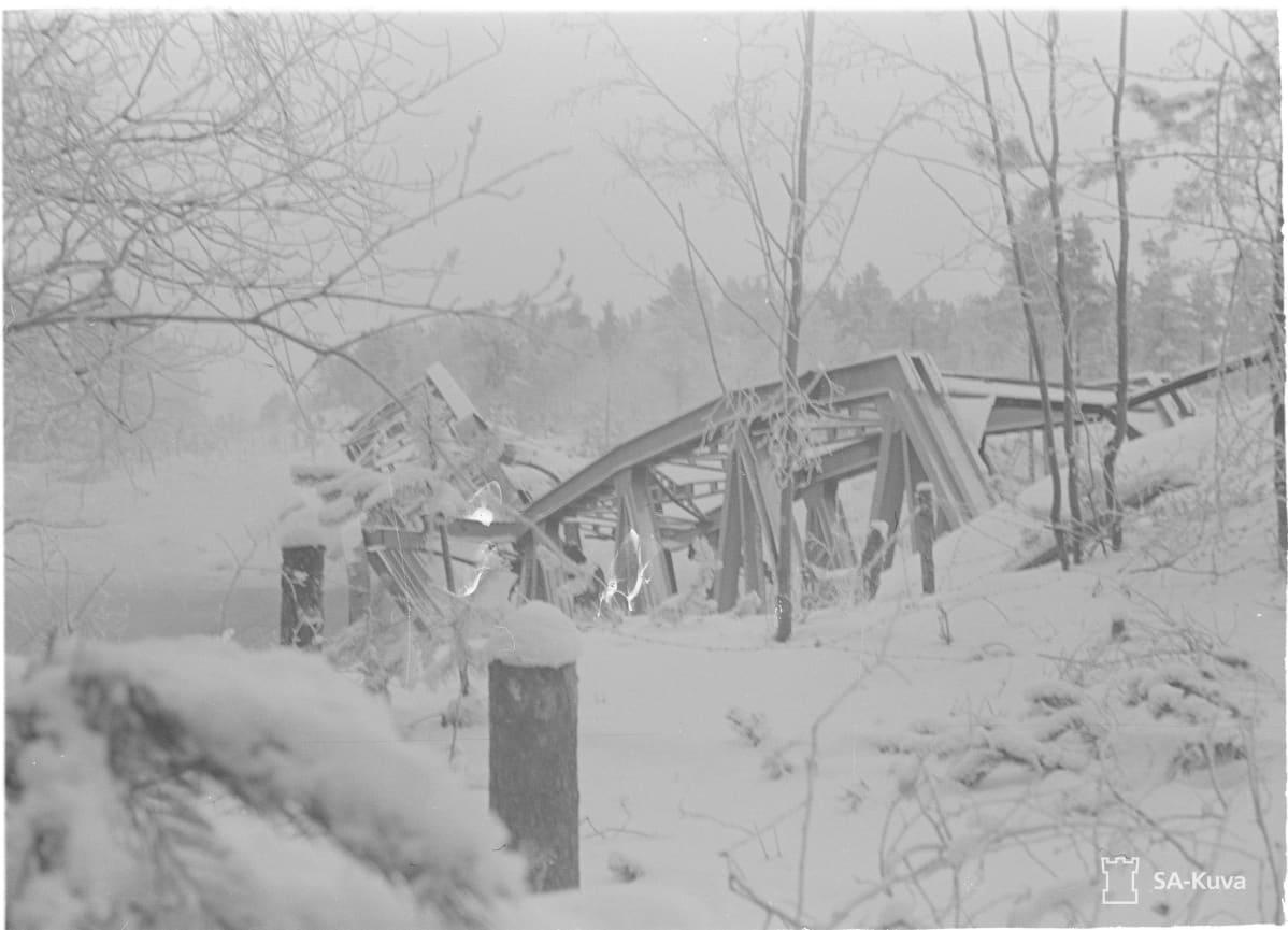 Sakkolan Kiviniemen räjäytetty silta
