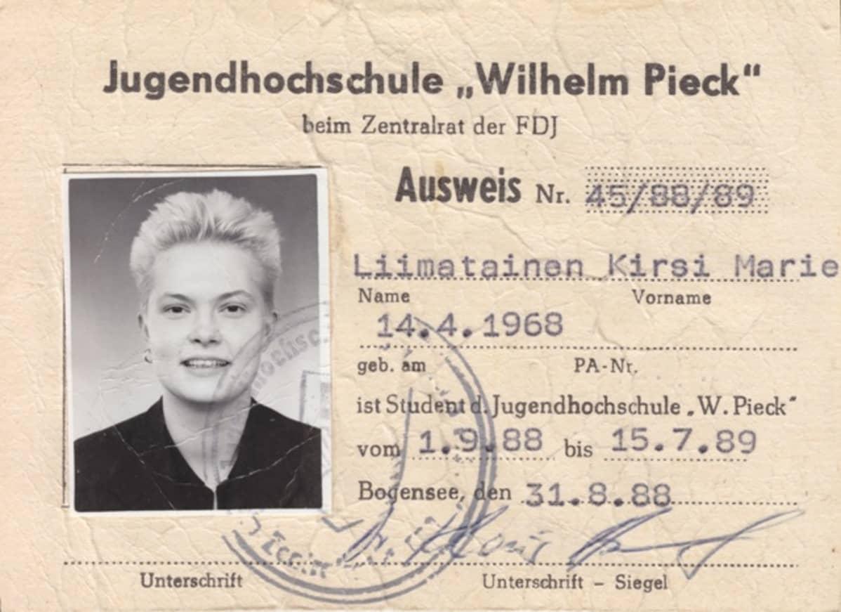 Kirsi Liimataisen DDR:n henkilökortti