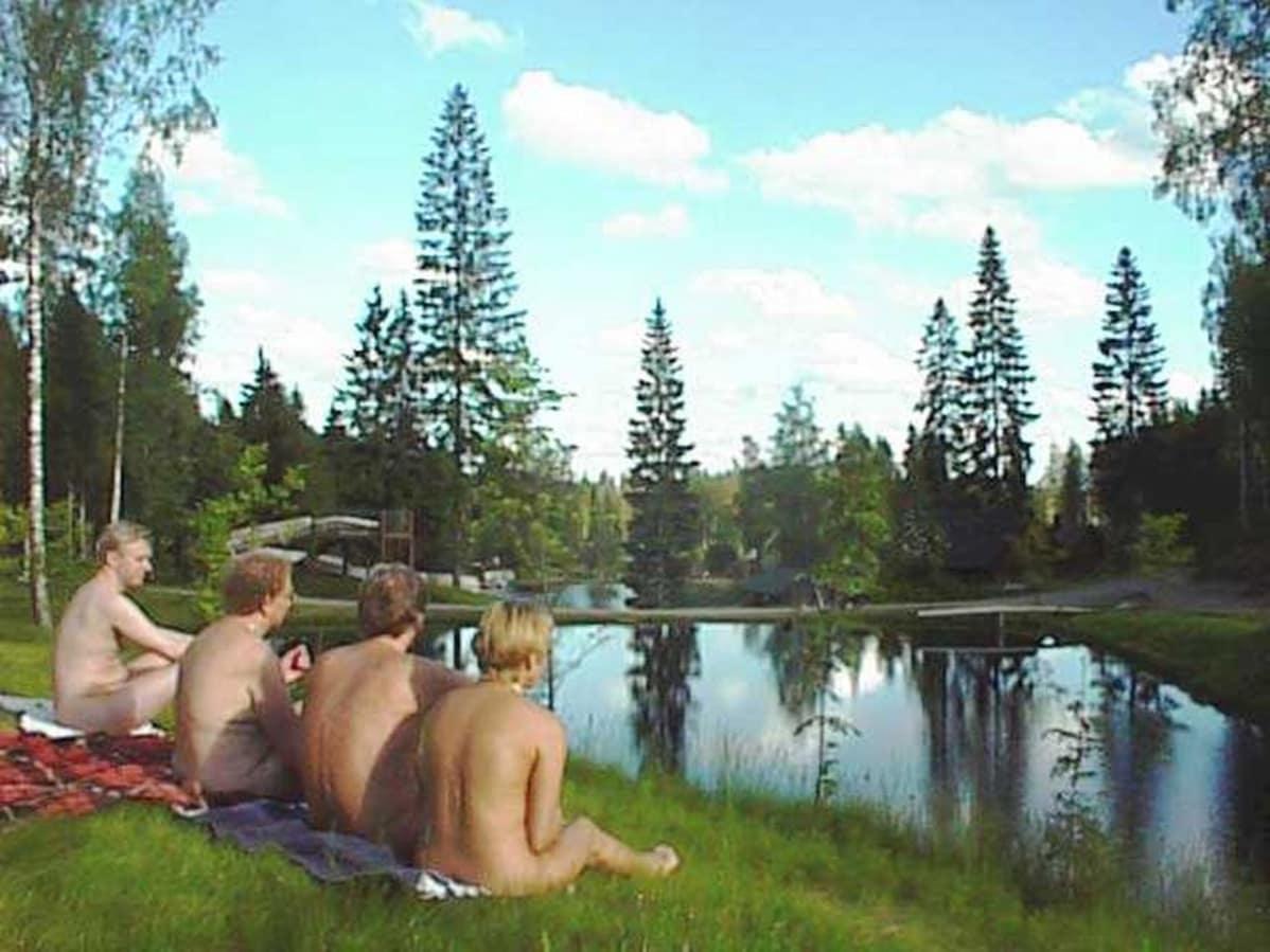 suomalaisia julkkisnaisia alasti alastonkuvat fi