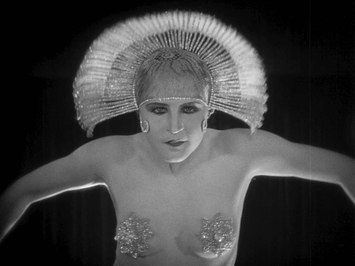 Fritz Lang elokuva Metropolis, näyttelijä Birgitte Helm.
