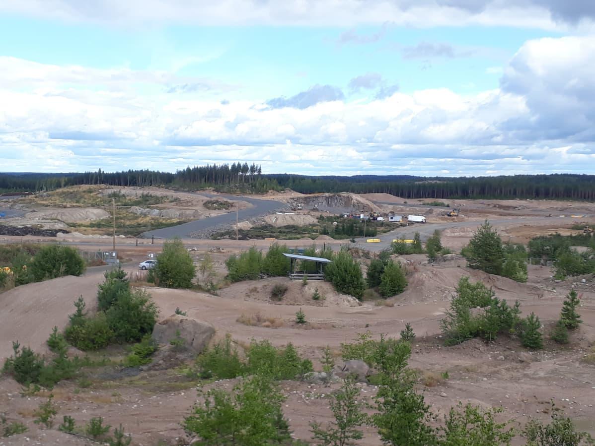 Kymi Ring -moottoriradan rakennustyömaa.