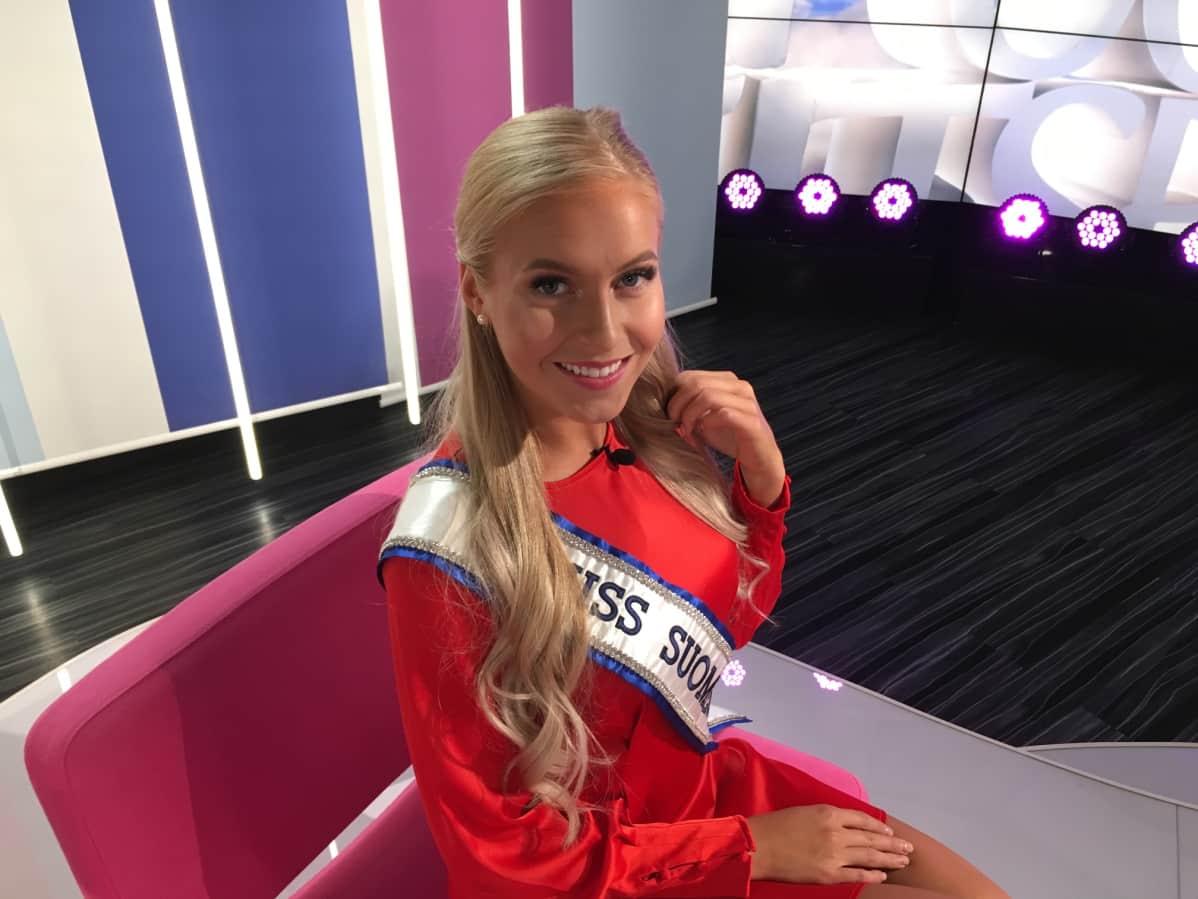 Miss Suomi 2018, Alina Voronkova, Puoli seiskan studiossa