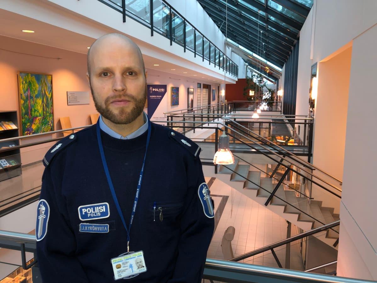 Poliisi Janne Kyrönviita.