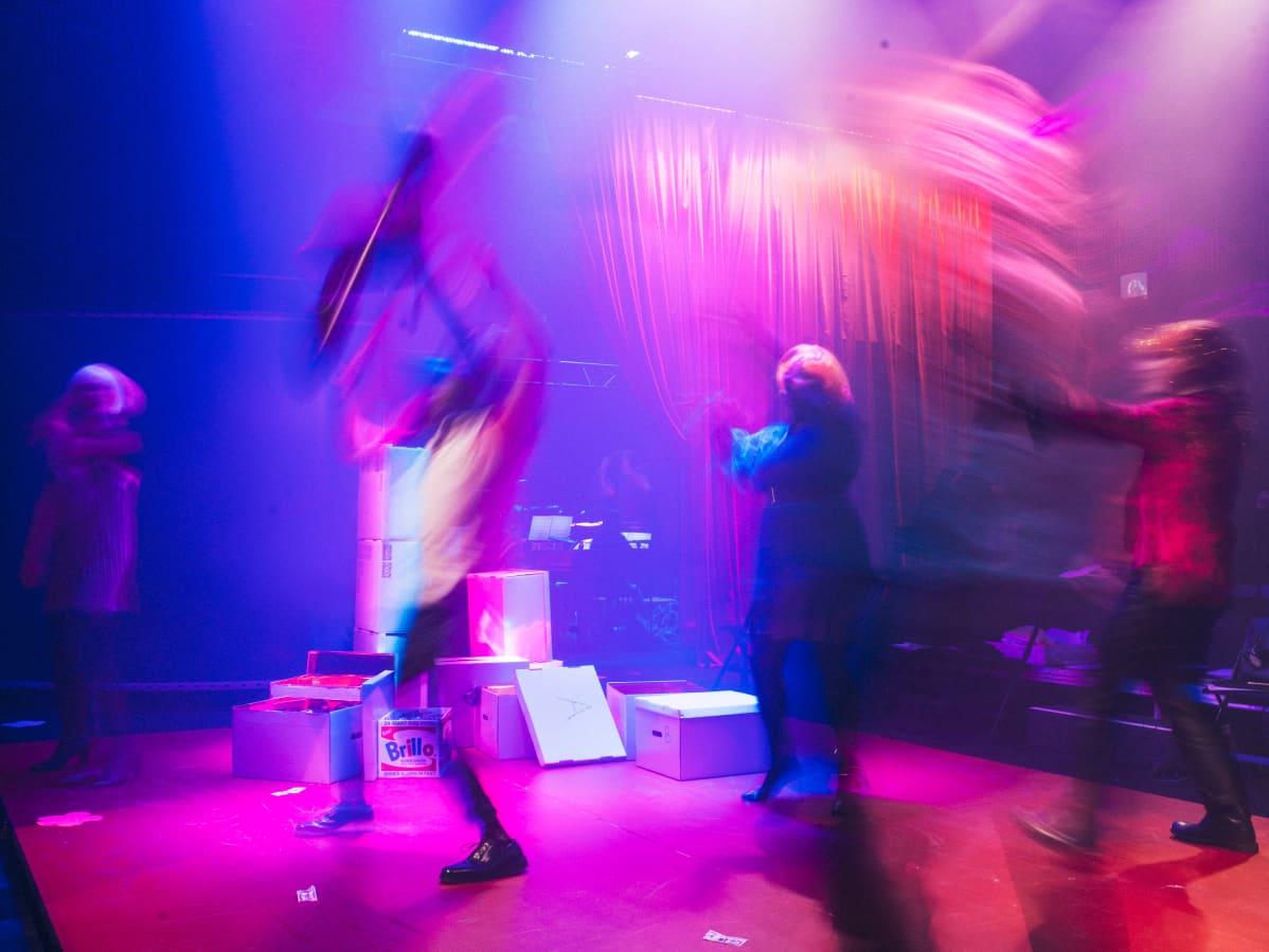 Flash Flash -ooppera. Andy Warhol -ooppera.