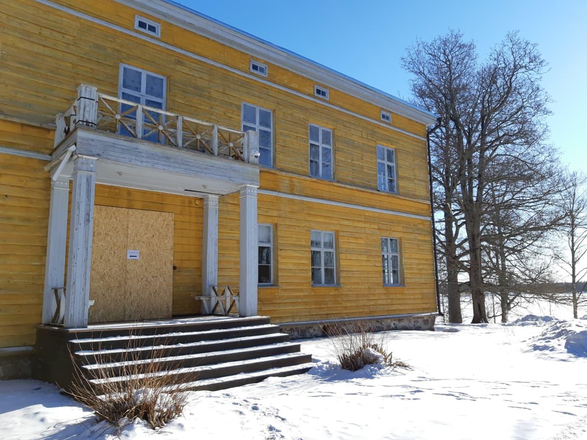 Anjalan kartano maaliskuussa 2019.