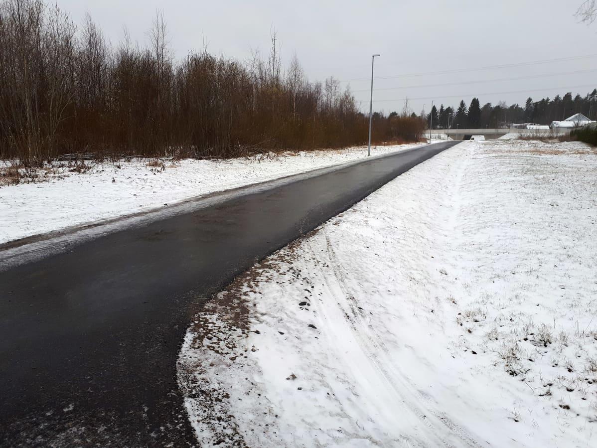 Luminen maisema Oulussa.