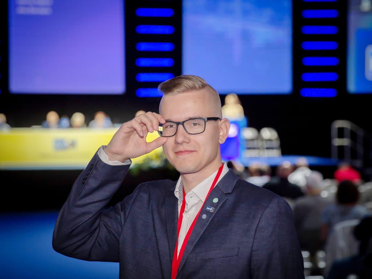 Perussuomalaisten Nuorten puheenjohtaja Asseri Kinnunen puolueen puoluekokouksessa Tampereella 30.6.2019.