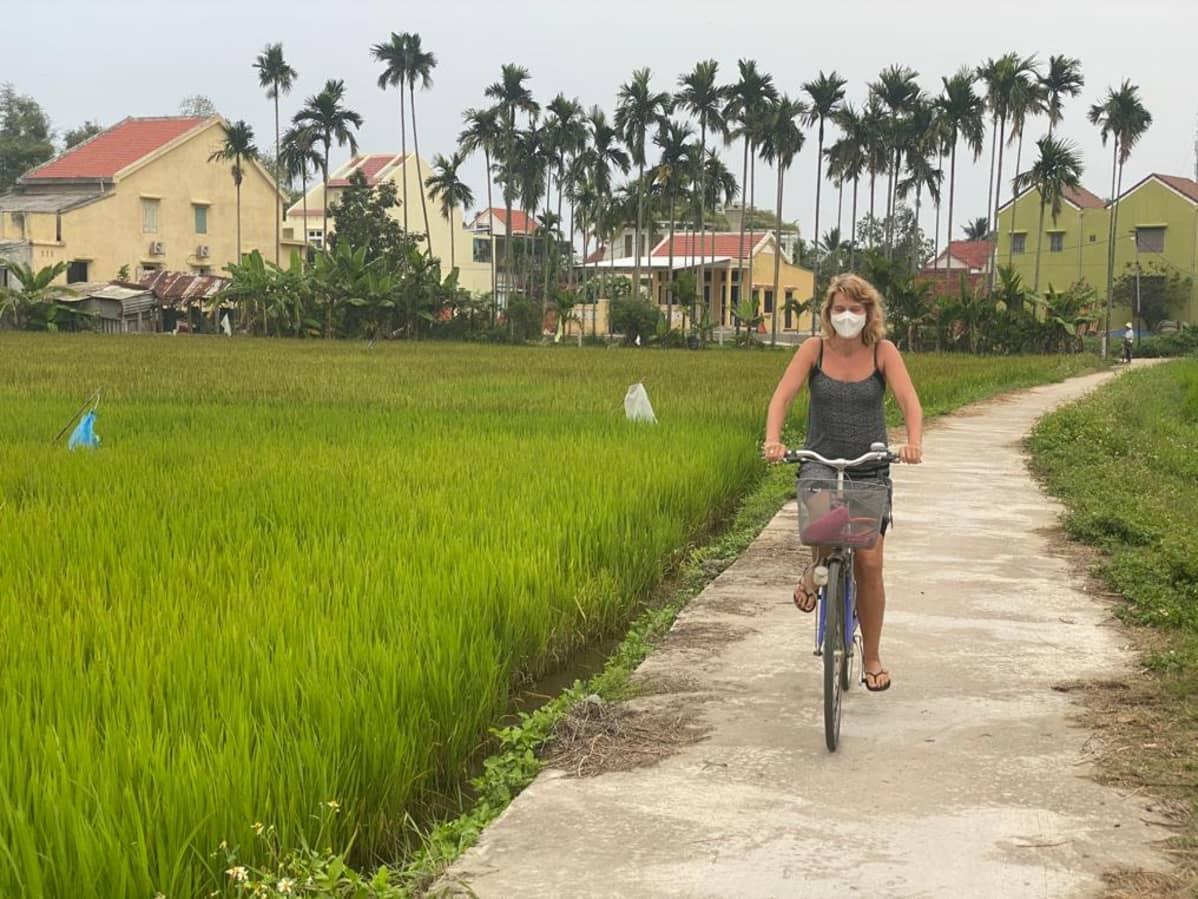 Katri Lindblom Vietnamin Hoi Anissa.