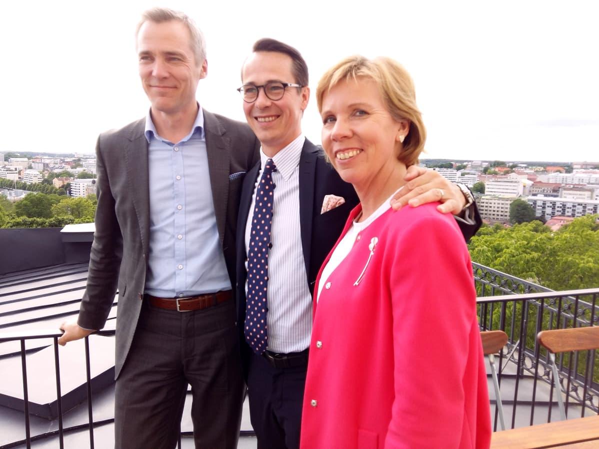 Anna-Maja Henriksson, Carl Haglund ja Anders Adlercreutz