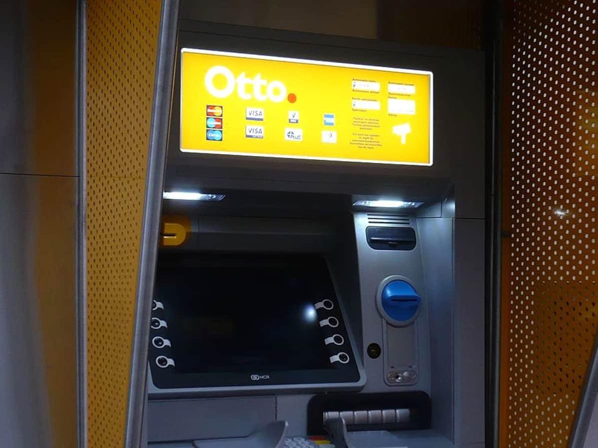 Otto pankkiautomaatti