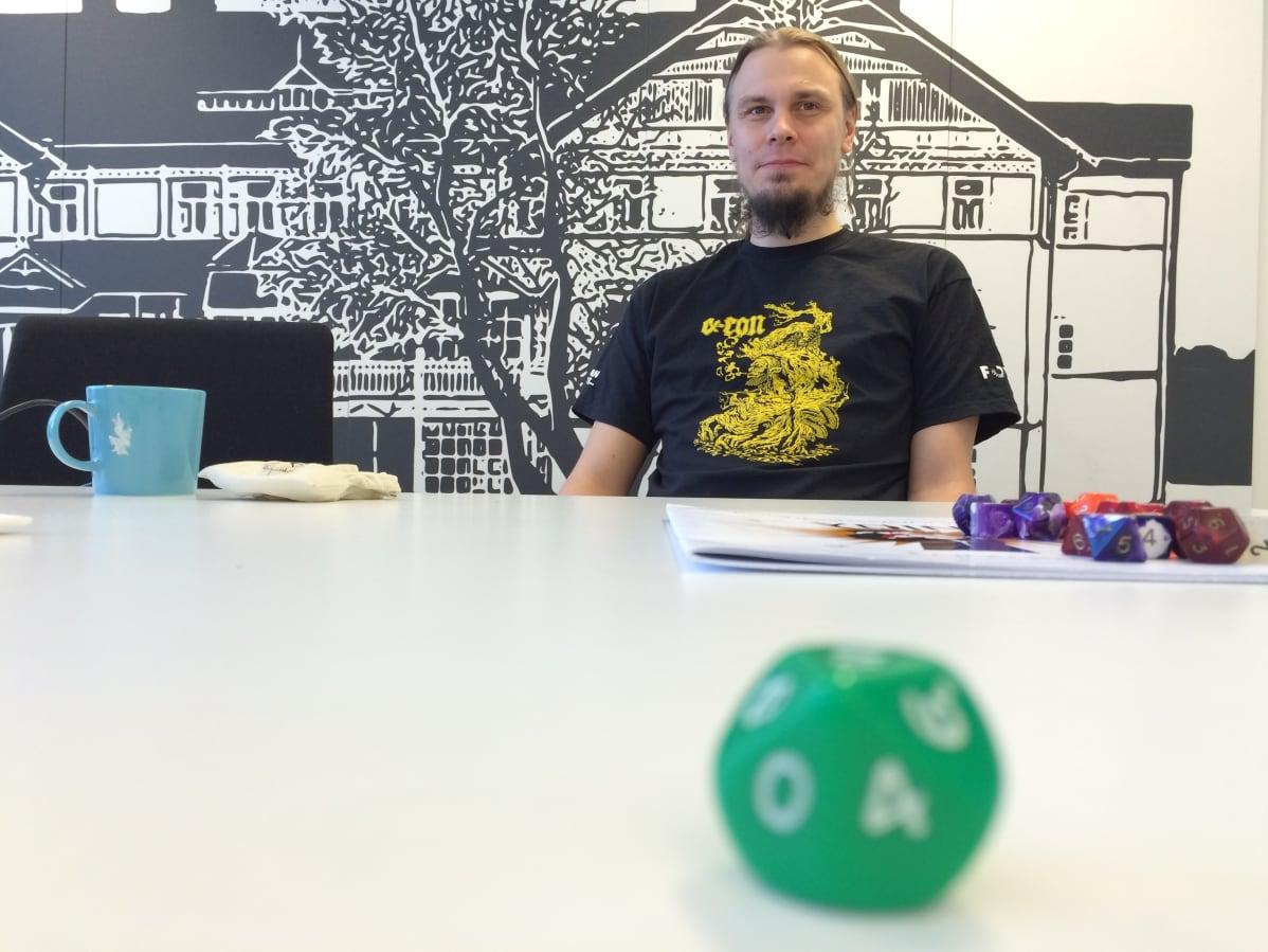 Antti Lähde järjestää roolipelaajille tarkoitettua Alfacon-tapahtumaa Mikkelissä.