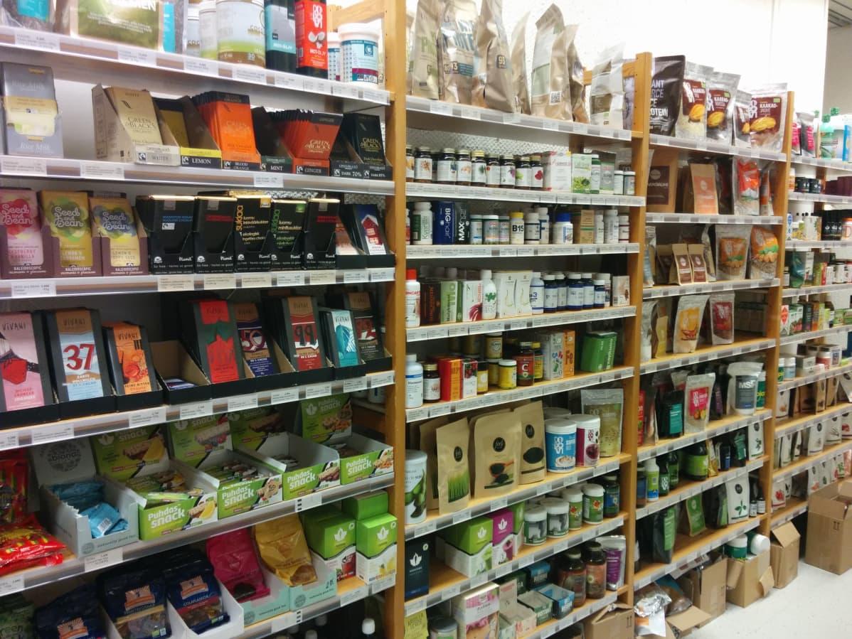 Uusia raaka-aineita ja superfood-tuotteita löytyy runsaasti.