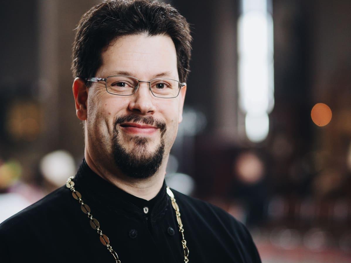 ortodoksipappi isä Teo