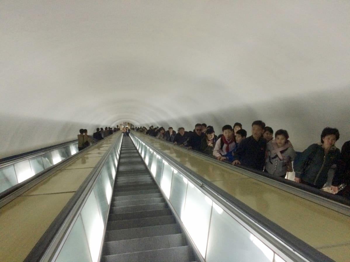 Metron liukuportaat.