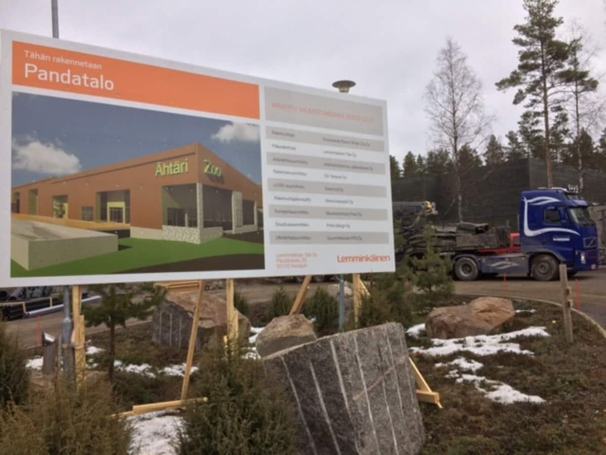 Pandatalo rakentuu jo Ähtärin eläinpuiston alueelle.