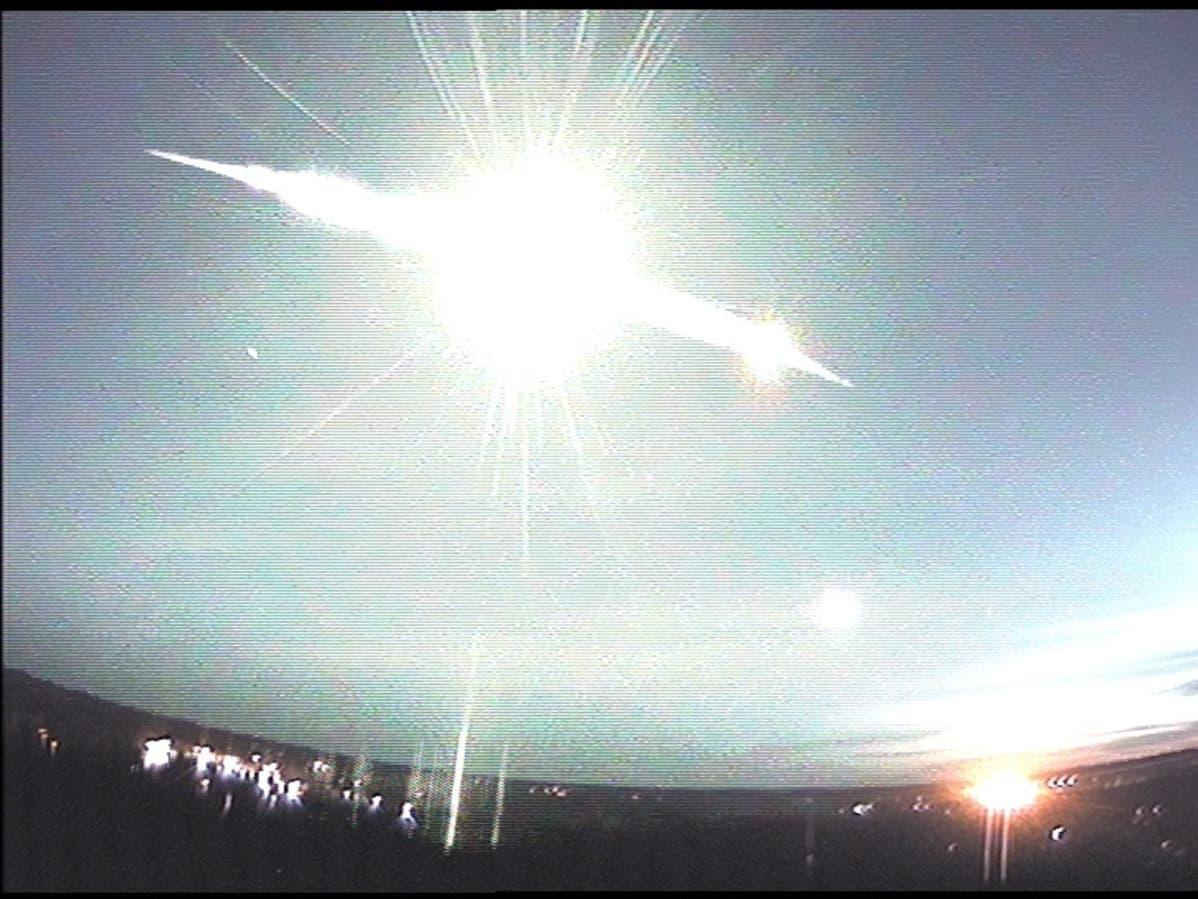 Mikkelin Ursan kuvaama tulipallo.