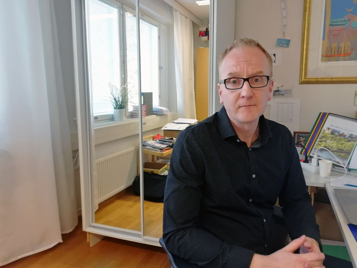 Lounais-Suomen saattohoitosäätiön asiamies Ville Viitanen