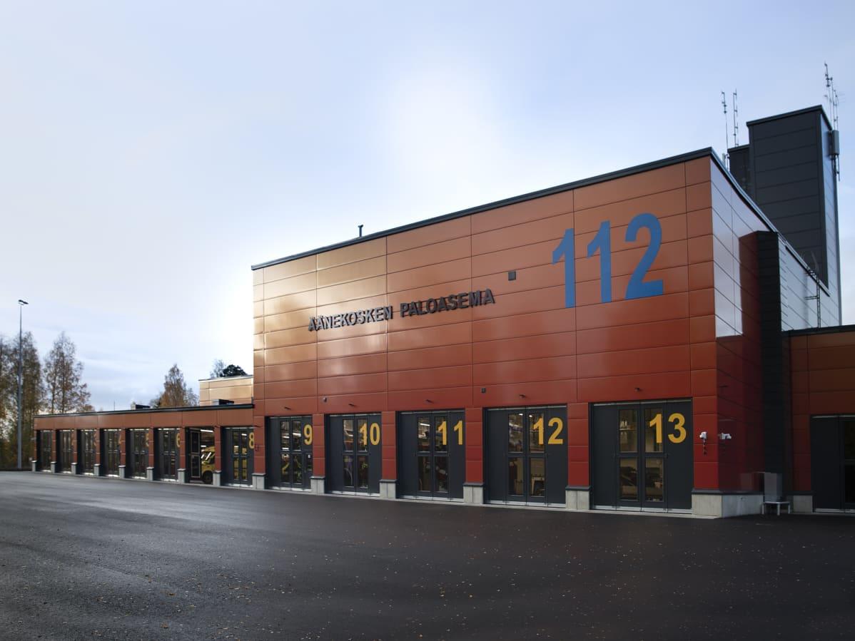 Äänekosken uusi paloasema kuvattuna lokakuussa 2019.
