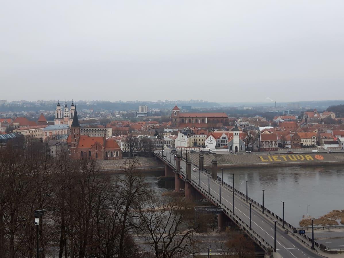 Näköalapaikalta näkee Liettuan historiallisen keskustan.