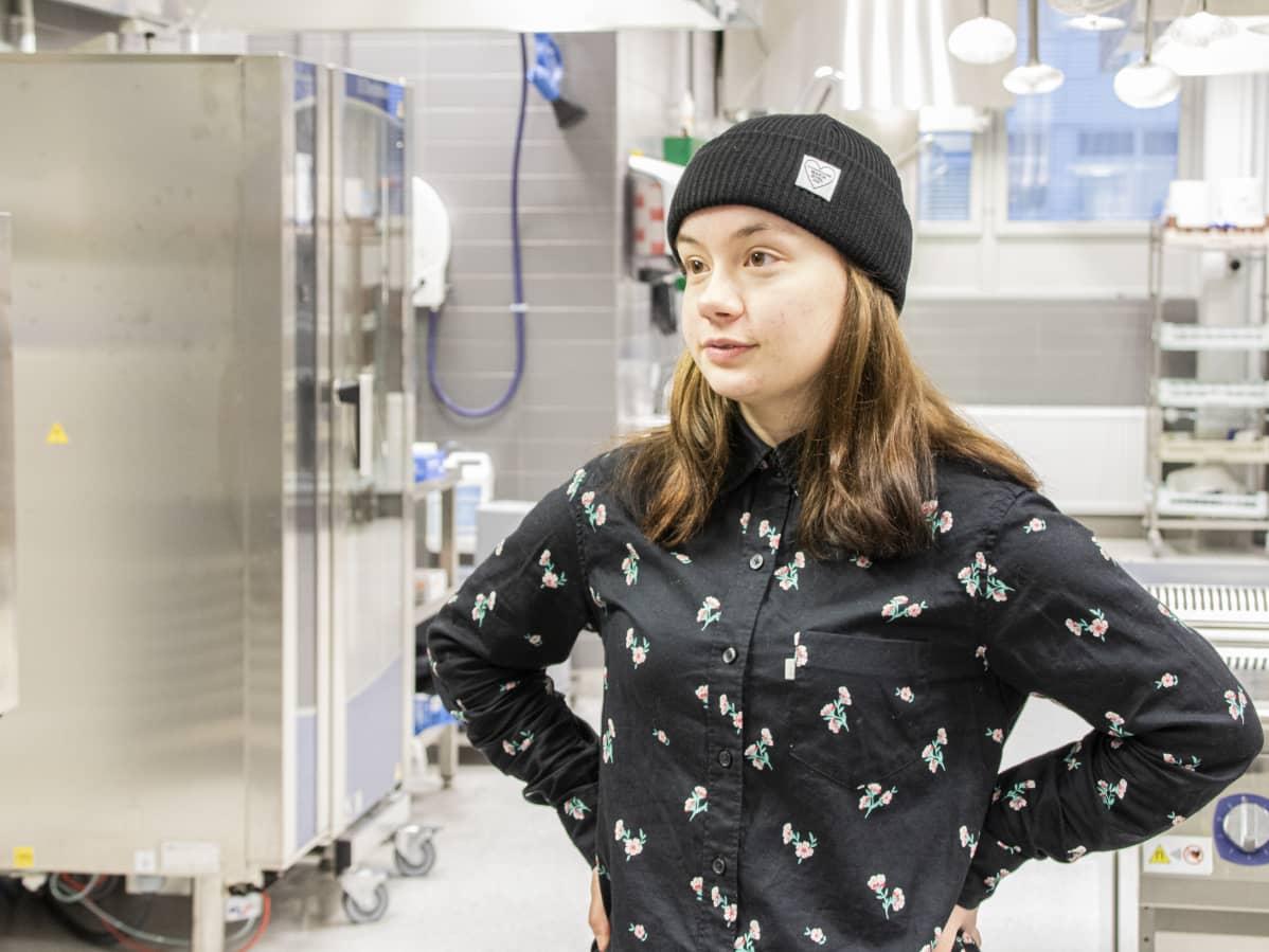 Ravintola- ja catering-alan opiskelija Kikka Kirjavainen.