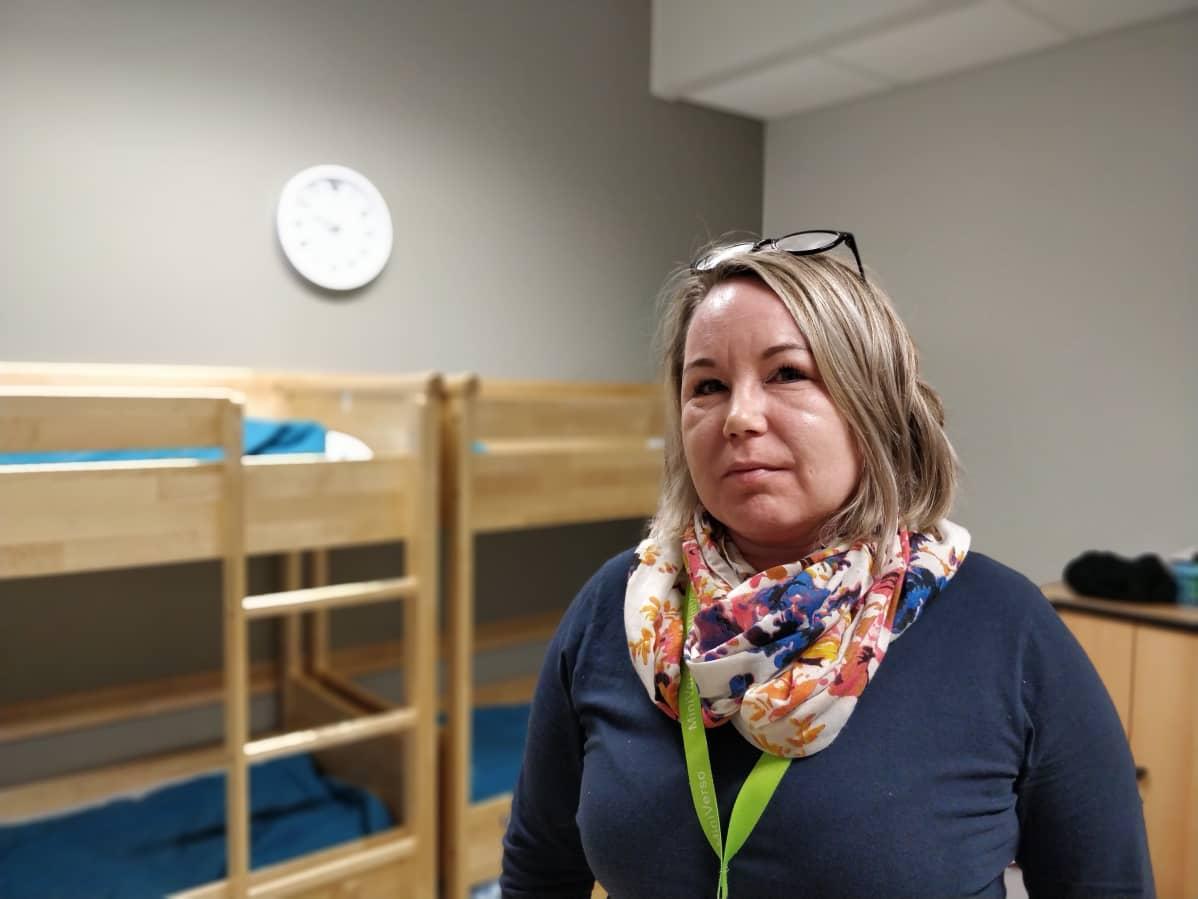 Kuvassa on esiopettaja Piia Leinonen Sinkkolan päiväkodista.