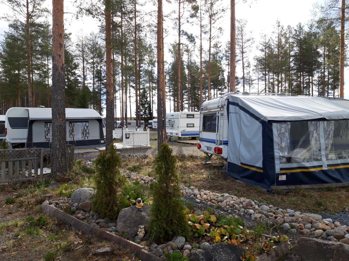 Peräseinäjoella Kalajärven karavaanari-alue