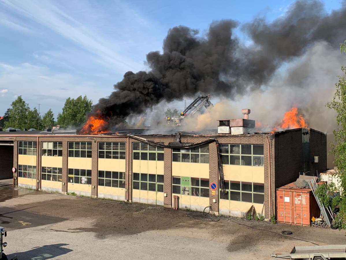 Kajaanin varikon tulipalo 15.6.2020