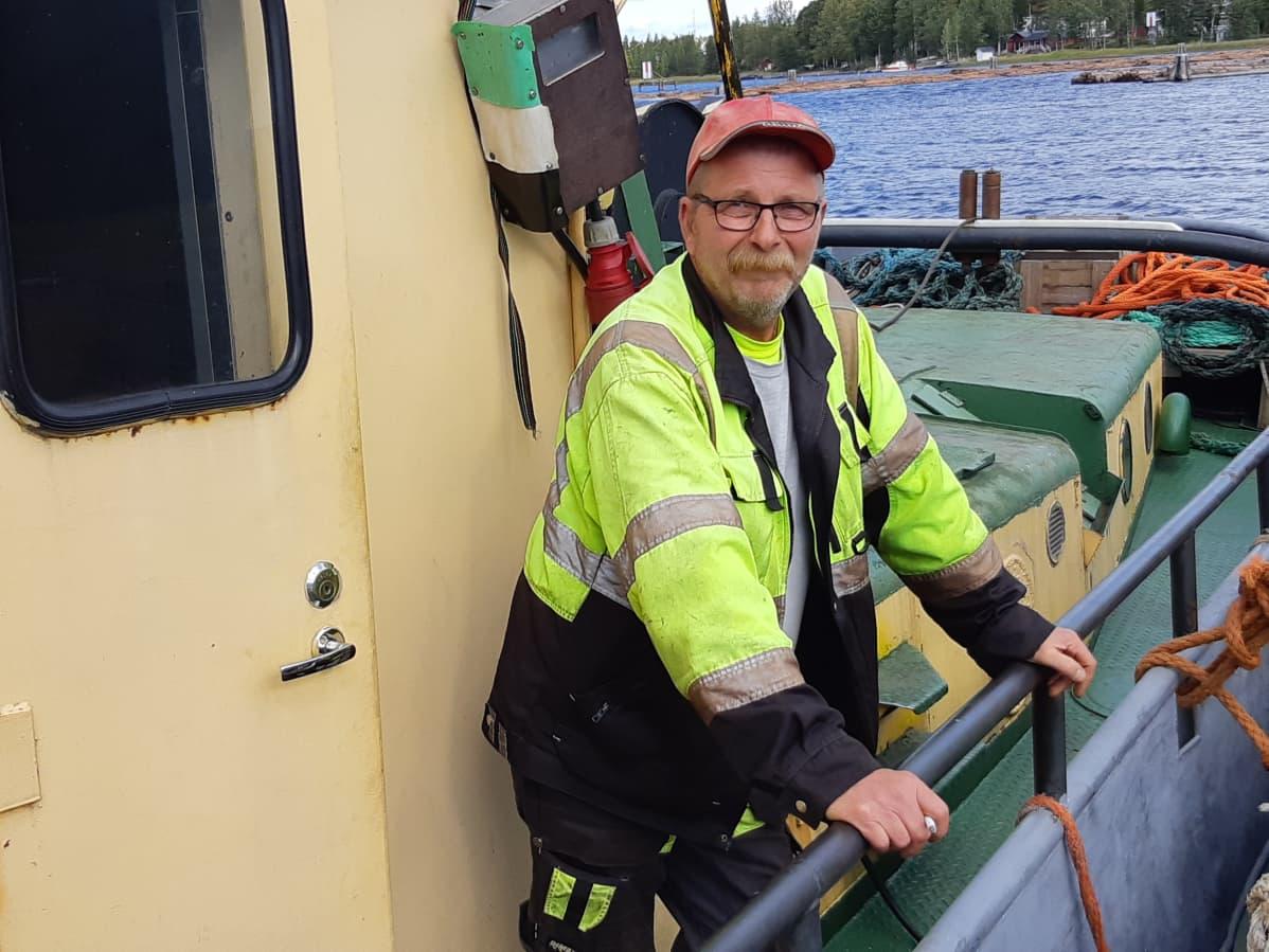 Kari Friberg Hinaaja Ollin päällikkö, perämies.