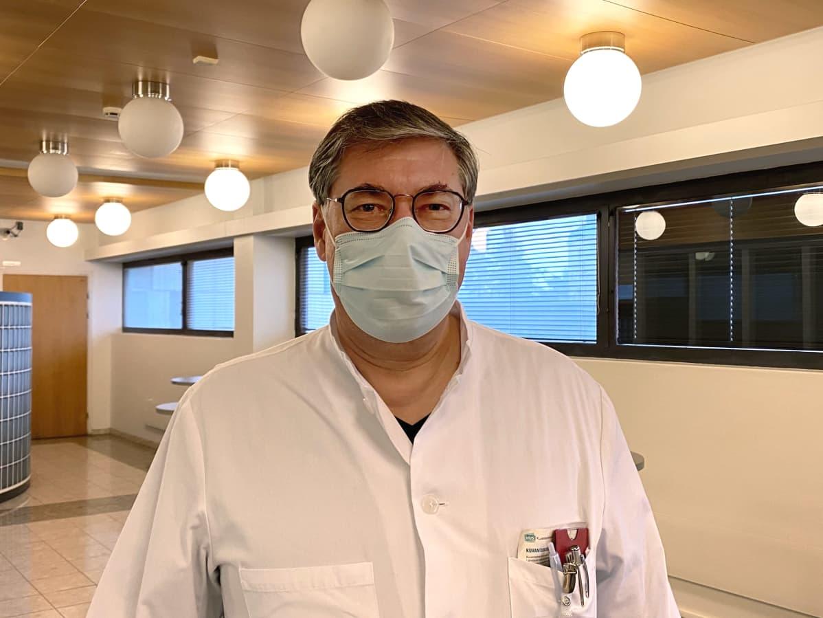 HUSin ylilääkäri Asko Järvinen