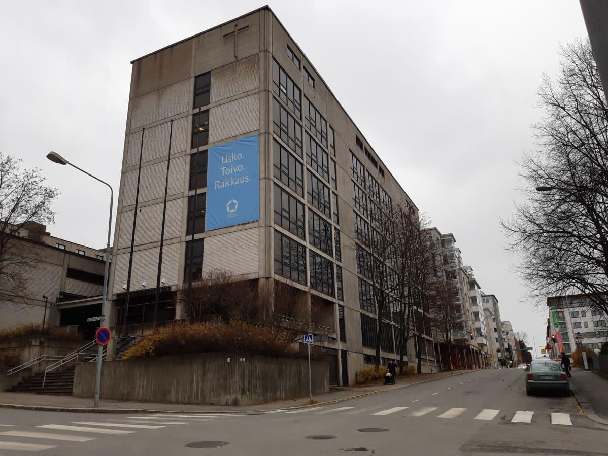 Kuopion keskusseurakuntatalo