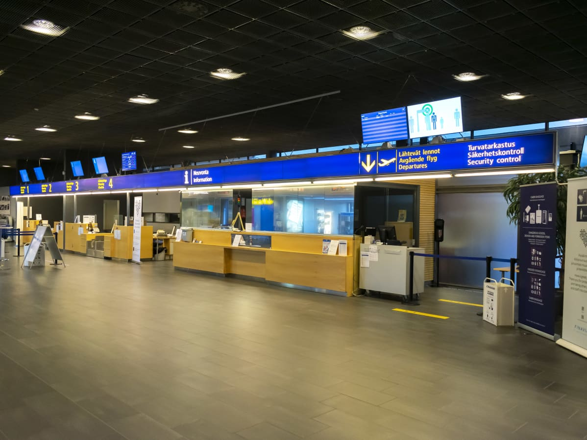 Jyväskylän lentoaseman lähtöselvitys.