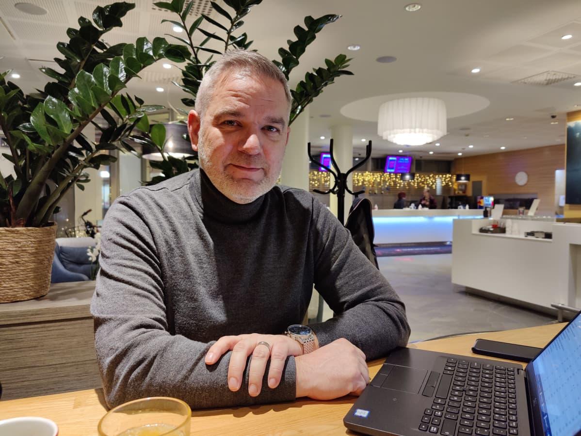 Osuuskauppa Suur-Savon matkailu- ja ravitsemuskaupan johtaja Kai Nurmi