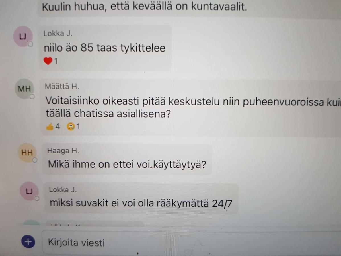 Oulun kaupunginvaltuuston kokouschat-keskustelua 9.11.2020