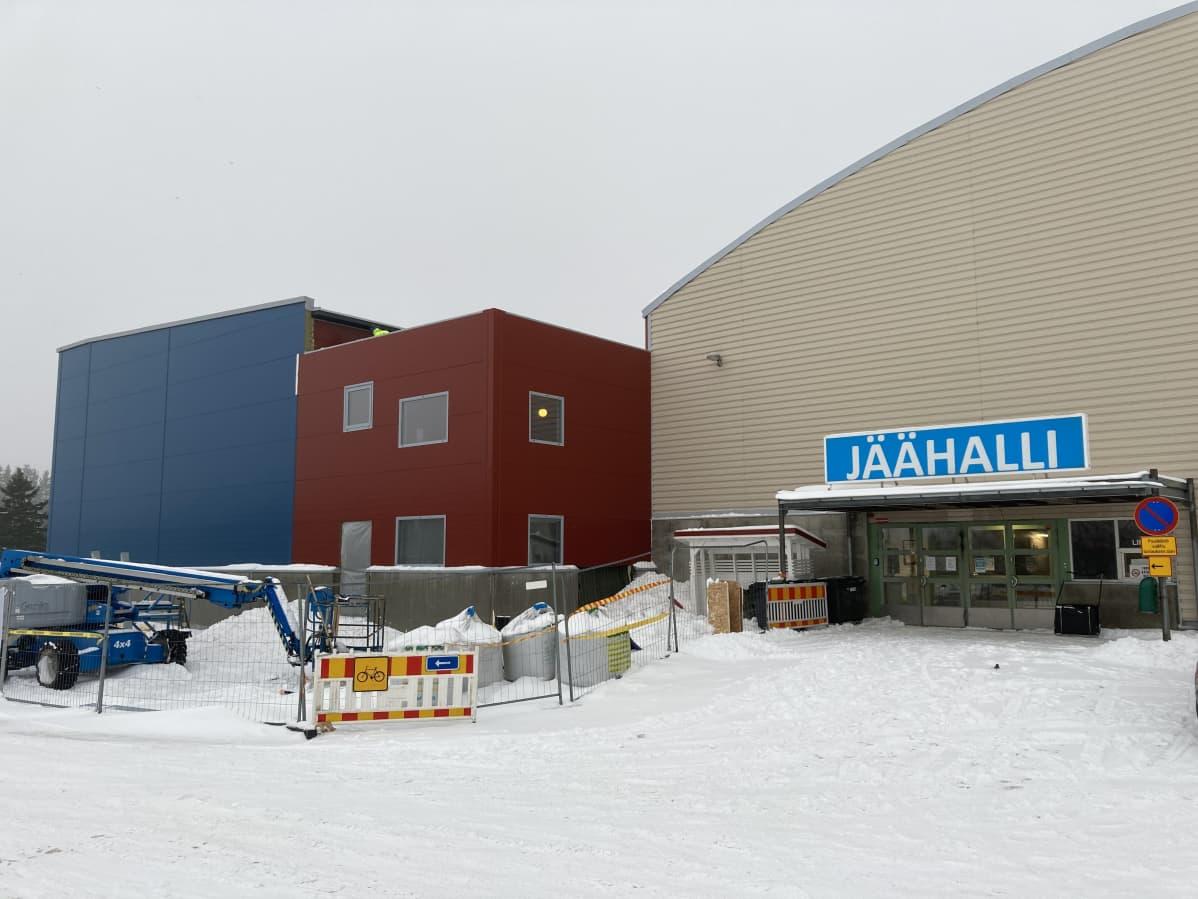 Jäähalli, rakennustyömaa