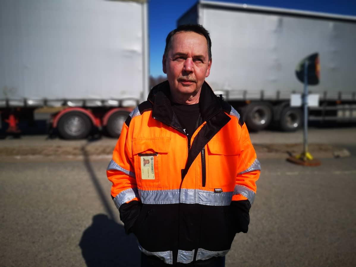 Pohjaset Oy:n autonkuljettaja Pasi Kosonen