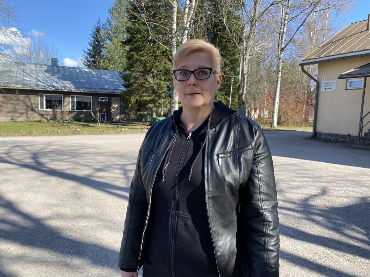 Etsivä nuorisotyön palveluohjaaja Sanna Nevalainen Kärkölästä