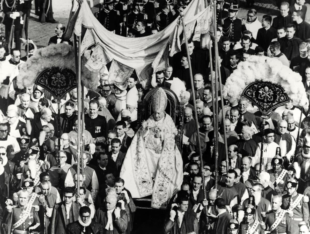 Vatikaanin toinen kirkolliskokous vuonna 1962.