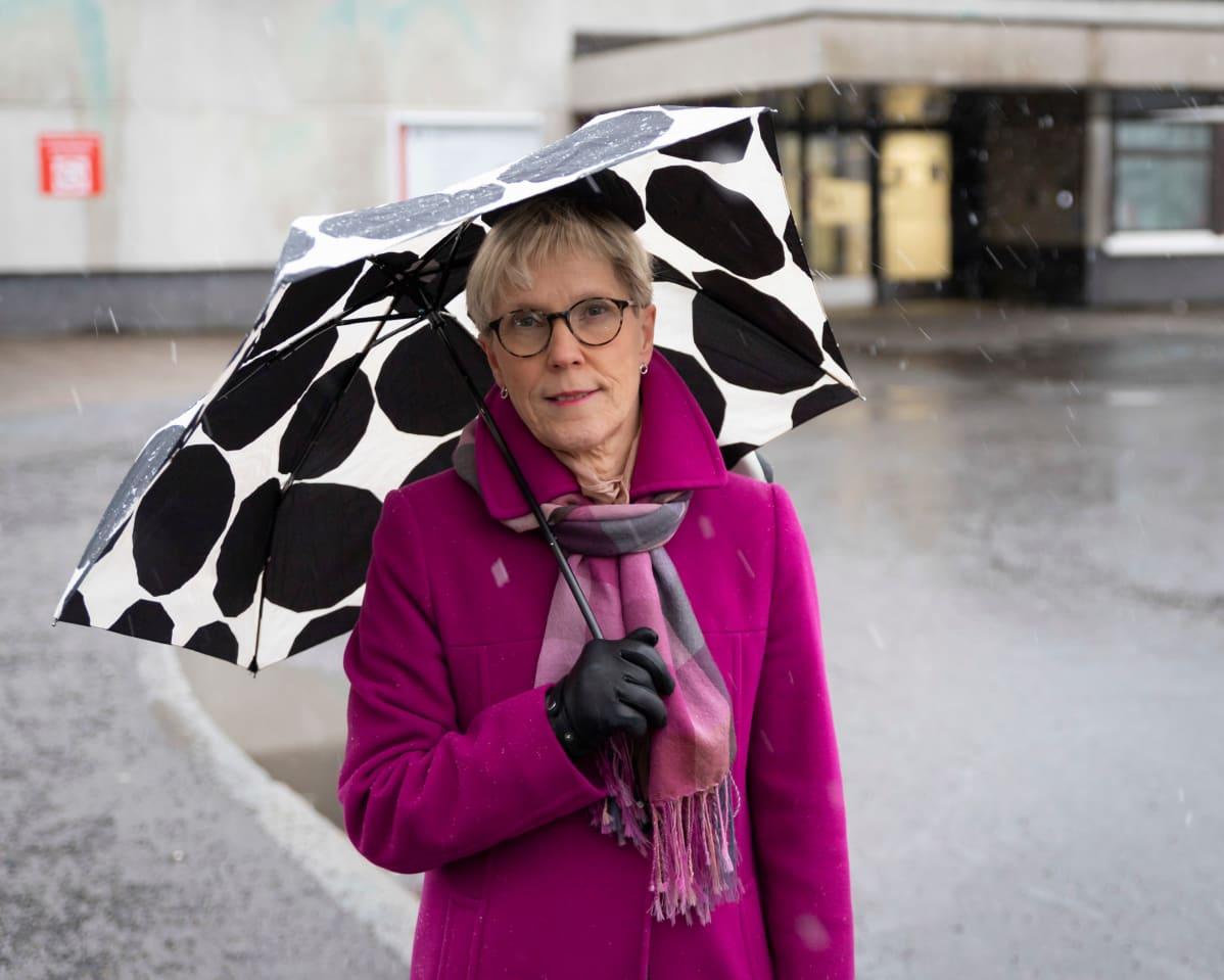 Lääkäriliiton puheenjohtaja Tuula Rajaniemi