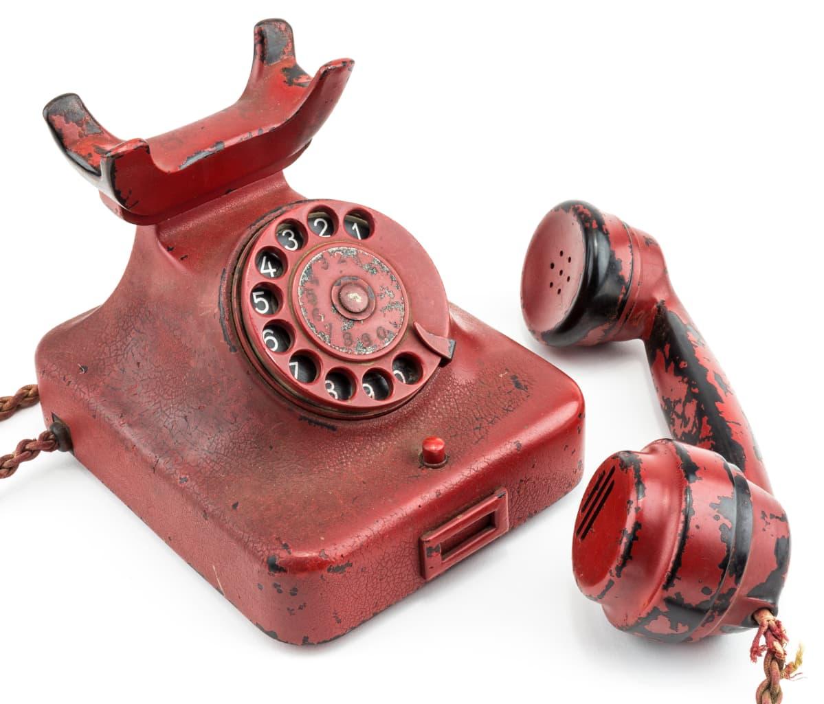 Natsi-Saksan johtajan Adolf Hitlerin puhelin huutokaupataan 18.–19. helmikuuta 2017 Yhdysvalloissa Marylandissa.