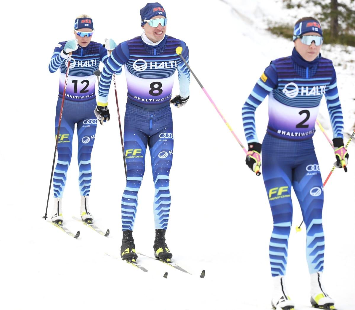 Anne Kyllönen (vas.), Iivo Niskanen ja Kerttu Niskanen hiihtokuvauksessa Suomen maastohiihtomaajoukkueen mediatapaamisessa Sotkamon Vuokatissa 20. lokakuuta